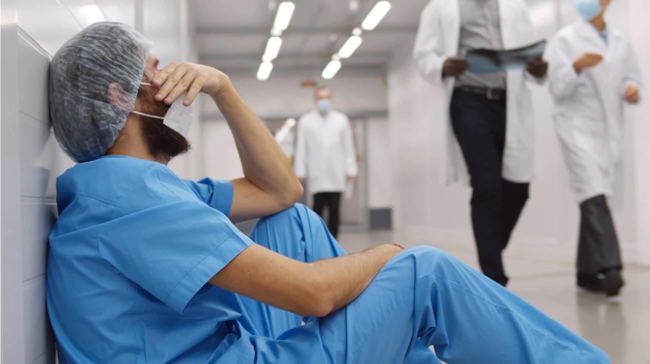 ¿Nos estamos inmunizando al dolor de las muertes por la pandemia?